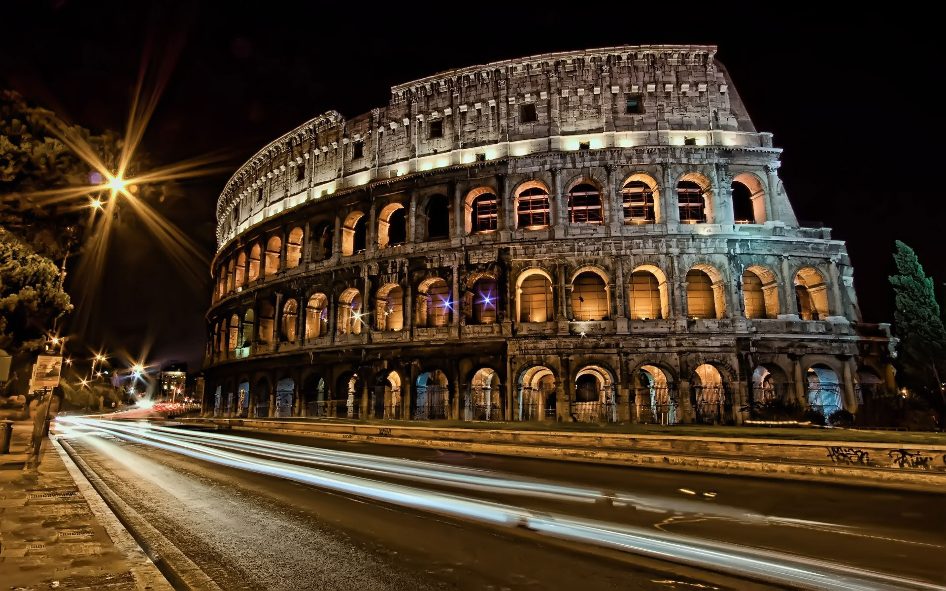 European Architectural Features And Landscape Lighting