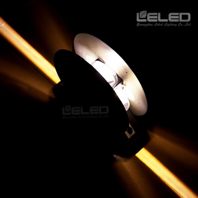 360 ° Blade Effect أدى الجدار أضواء مع نوافذ المبنى في الهواء الطلق العرض